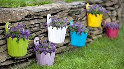 Decor cum s ai o gr din de invidiat 15 idei pentru - Decorar el jardin con poco dinero ...
