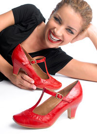 Pantofi in stil retro de la Deichmann
