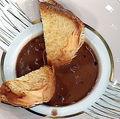 Supă cremă de pui cu ciocolată neagră