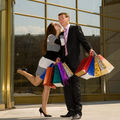 Horoscop: Ce şanse ai să te măriţi cu un tip bogat