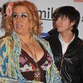 România mondenă: 5 femei celebre care îşi întreţin iubiţii