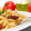 Paste cu roşii cherry şi broccoli