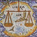 Horoscop: Cum îl faci să se mute cu tine, în funcţie de zodia lui