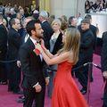 Justin Theroux i-a rupt un deget lui Jennifer Aniston