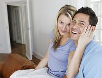 Bărbaţii sunt mai afectaţi de infidelitatea sexuală decât de cea emoţională