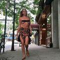 Protest topless: Fiica lui Demi Moore a ieșit la cumpărături cu sânii la vedere