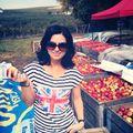 Ellie White a cumpărat 150 de kilograme de mere dintr-o livadă