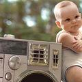 VIDEO: Bebelușul dansator se dă în spectacol