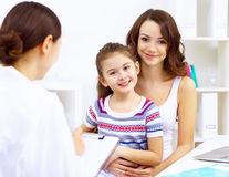 Sănătate. Artrita la copii, 3 semnale alarmante pentru părinţi