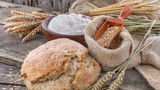 Dietă. Cum poţi să mănânci pâine şi să slăbeşti. Sfaturi de la un expert