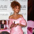 Rihanna, atacată pentru că poartă blană