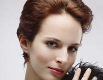 Frumuseţe: 7 trucuri pentru a aranja părul scurt. Sfaturile expertului
