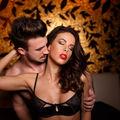 Sex. Trei poziţii erotice pe care merită să le încerci cu partenerul la petrecerea de Revelion