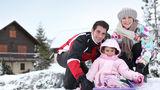Sănătate. Protejează coloana copilului înainte să se dea cu sania pe derdeluş