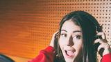 Nicole Cherry interpretează coloana sonoră din noul serial animat, Miraculos: Buburuza şi Motan Noir, la Disney Channel România