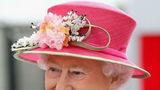5 lecții de stil oferite de Regina Angliei. Ce înseamnă un look impecabil