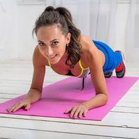 Cel mai eficient exerciţiu de slăbit: planşă sau plank