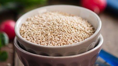 Un bol cu quinoa