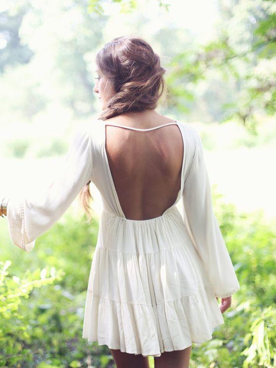 Rochie cu spatele gol lejera