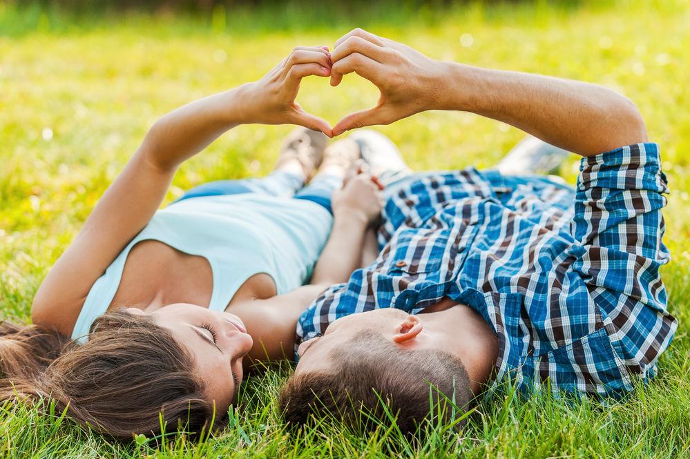 Horoscop. Cum stai cu dragostea în luna iulie, în funcţie de zodia ta