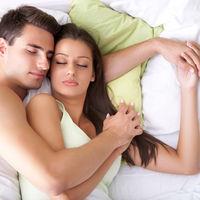 De ce femeile trebuie să doarmă cu 20 de minute mai mult decât bărbații