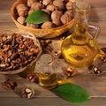 7 beneficii surprinzătoare ale uleiului de nucă