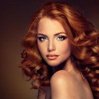 Cum să-ţi vopseşti părul acasă ca un expert. Trucuri utile