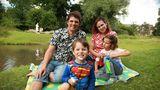 """Homeschooling extrem. Cuplul care îşi ţine copiii în vacanţă: """"Nu vor mai merge niciodată la şcoală"""""""