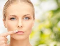 Culoarea buzelor şi sănătatea: ce boli poţi avea