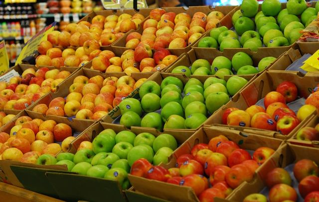 Codurile de pe fructe si legume