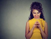 5 trăsături ale oamenilor în care nu trebuie să ai încredere