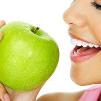 7 motive să consumi un măr pe zi
