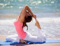 Cum te ajută yoga în cazul depresiei