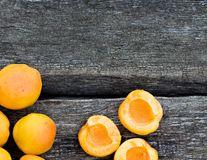 Beneficiile sâmburilor amari de caise pentru sănătate