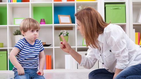 Ce nu ar trebui să îi spui copilului tău niciodată