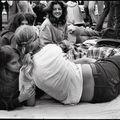 Rebelii anilor '70. Cele mai frumoase fotografii cu adolescenţii acelor vremuri