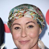 """Shannen Doherty, frumoasă şi după cancer: Părul vedetei din """"Beverly Hills"""" a crescut din nou"""