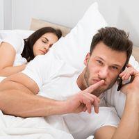 De ce își înșală bărbații iubitele?