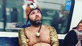 O lume nebună: 60 de ciudăţenii văzute la metrou