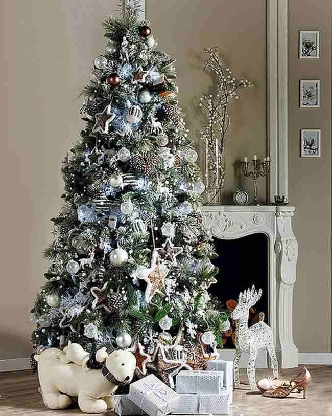 white-christmas-tree-decorations