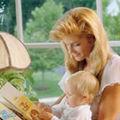 Vrei ca micutul sa iubeasca lectura? Citeste-i!