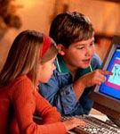 Fereste-ti copilul de capcanele Internetului
