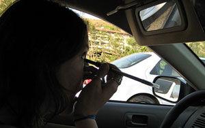 Oglinda retrovizoare, buna pentru machiat