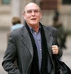 Neil Aspinall, fost director al companiei de discuri a trupei Beatles, a murit