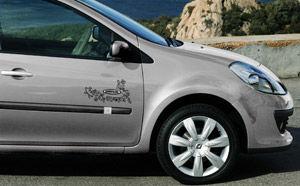 Renault Clio Cosmopolitan - doar pentru fete!