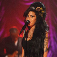 Muzica lui Amy Winehouse este studiata la Universitatea Cambridge