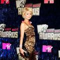 Britney Spears, Paris Hilton si Jennifer Lopez concureaza la MTV