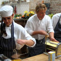 TVR 2 ofera premii fanilor lui Jamie Oliver