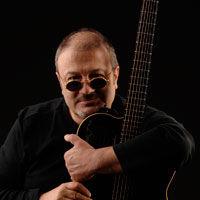 "Mircea Baniciu lanseaza ""Esarfa - Best Of, Vol. 1"""