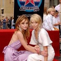 Mary-Kate Olsen, averea din sifonier